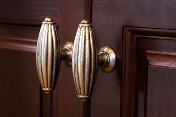 top knobs oblong knobs