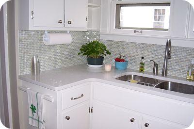 Glass Tile Backsplash - 5 Hot Trends In Kitchen Design For 2012