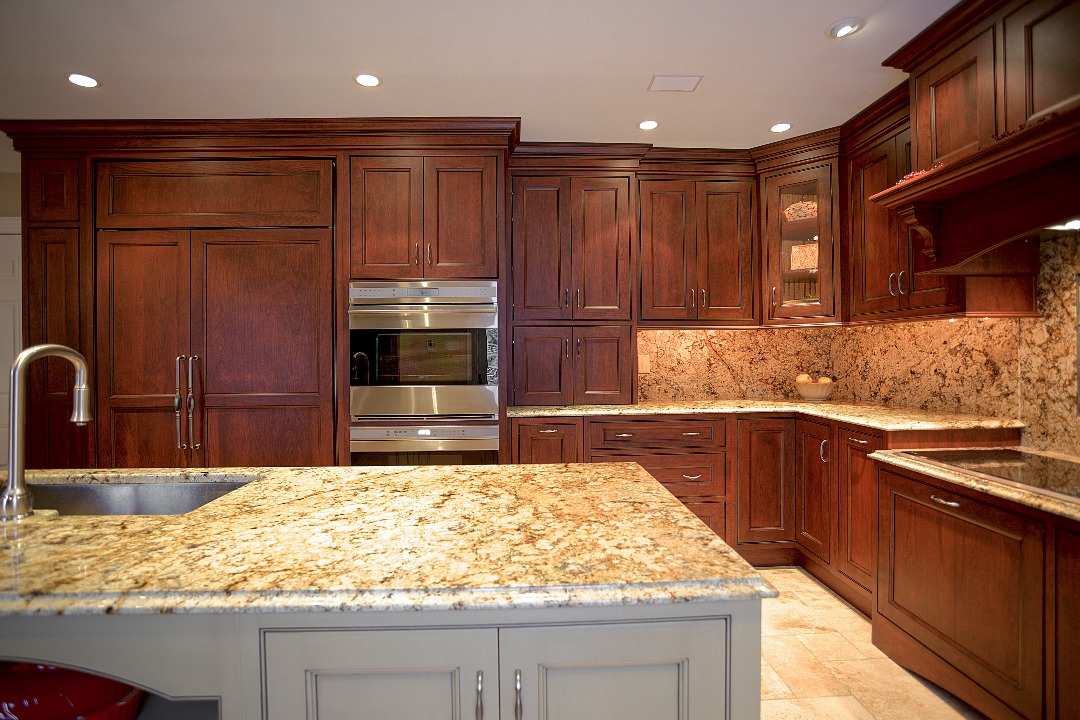 McClurg Introduces Elmwood Fine Custom Cabinetry To Central New York