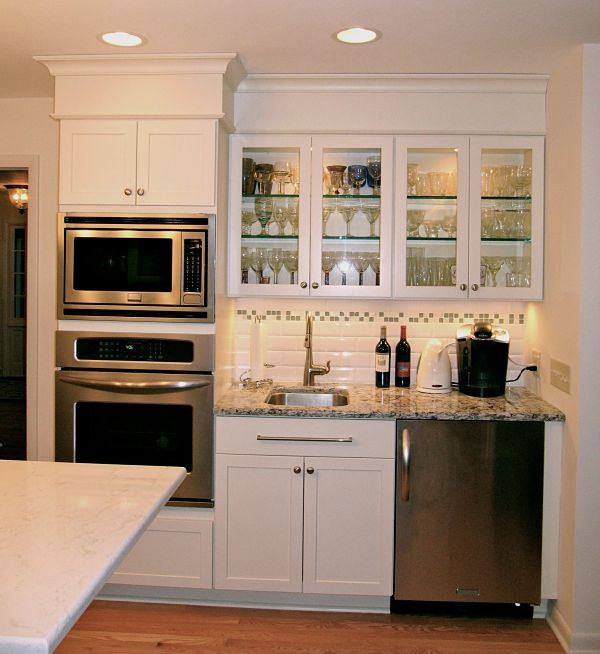 Wall Ovens and Beverage Bar opt