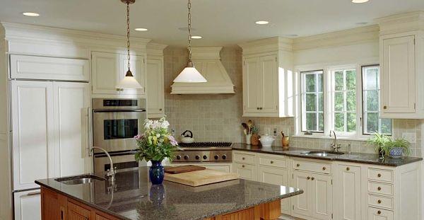 Crown Molding In Kitchen Design Ideas