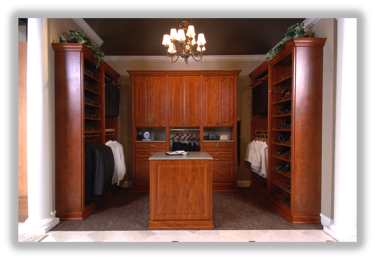 Windsor Closet from the Traditional Collection