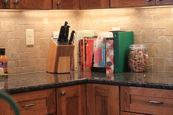 new trends in kitchen backsplash tile