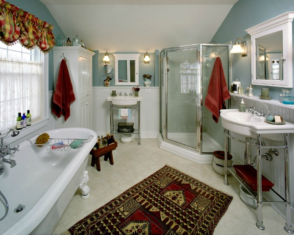 Bathroom with Custom Linen Closet and Medicine Cabinets