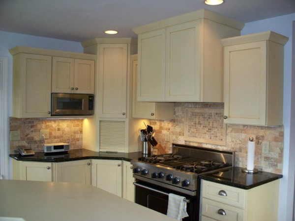 Classic Kitchen Cabinet Door Styles White Painted Shaker Kitchen