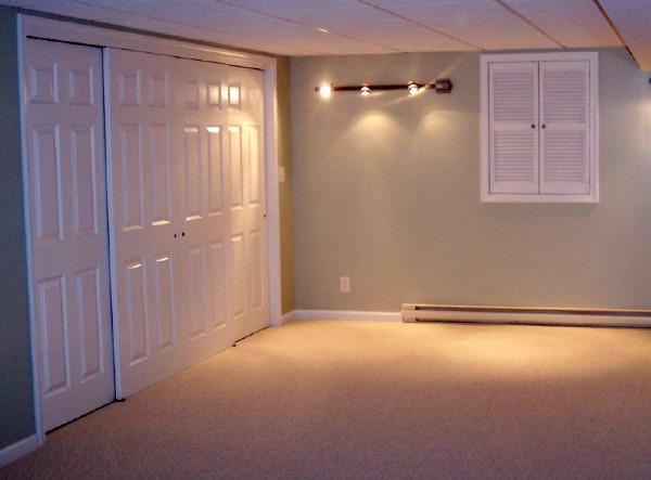 10 awesome basement storage ideas for Basement closet ideas