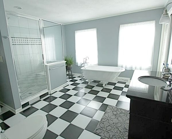 spcious master bath with walk-in shower and soaking tub