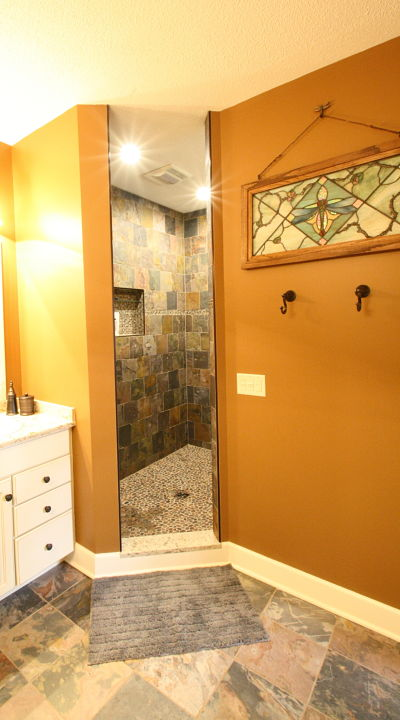 Master bath walk-in shower without doors