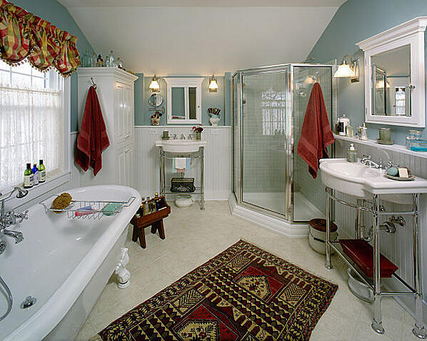 master bathroom with irregular spaces