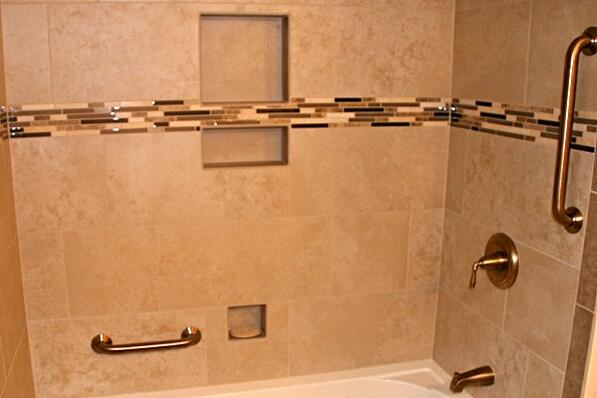 tub and shower with Universal Design features