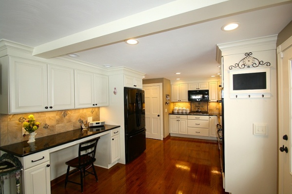 This kitchen remodel provides an open area for entertaining family and friends.