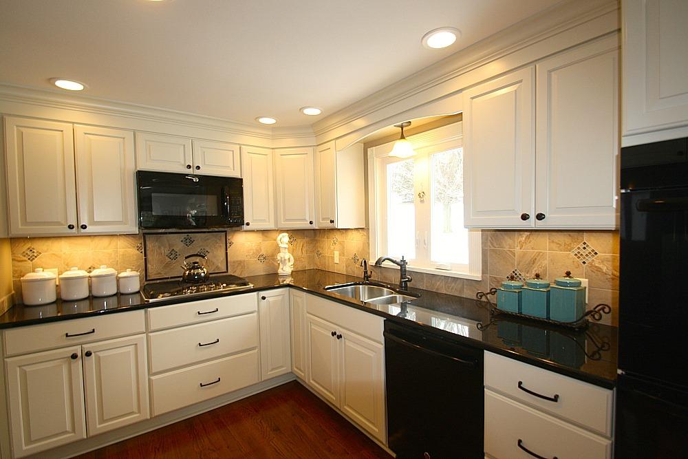 Kitchen Lighting Includes Recessed Ceiling Lights, Under Cabinet Task Lights,  A Downlight Pendant