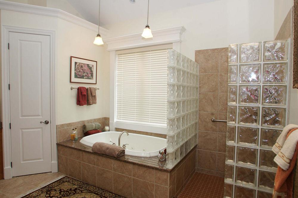 Bathroom Remodels | Project Photos and Descriptions