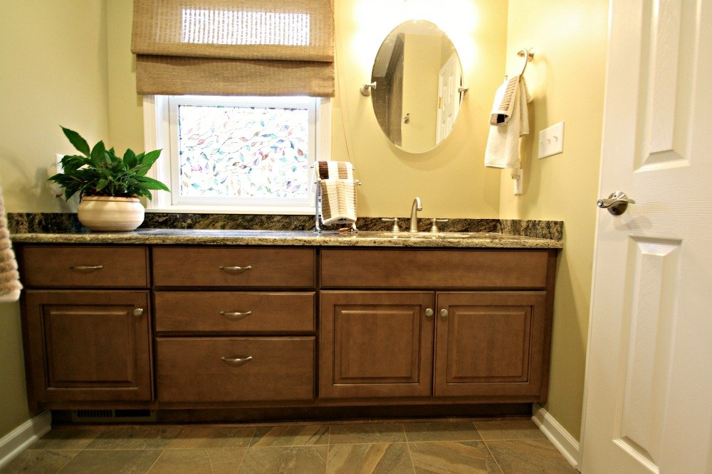 Bathroom vanity storage syracuse cny mirror cabinets for Bathroom remodeling syracuse ny