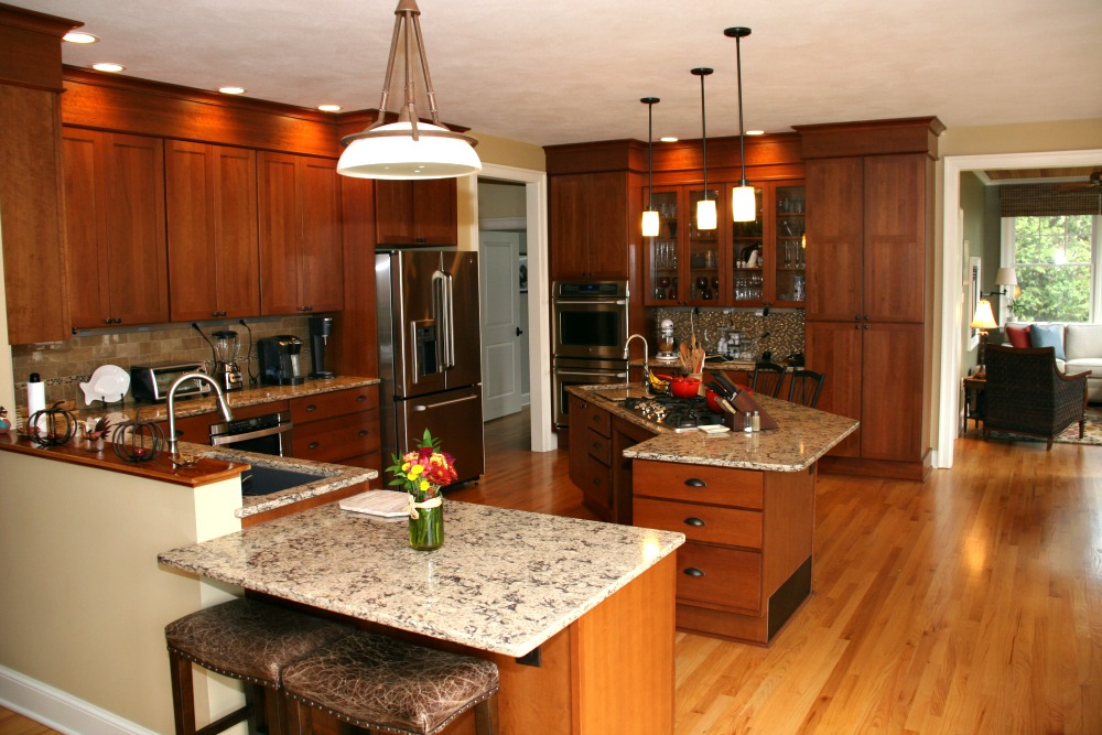 Captivating The Cabinets In This Kitchen Are From Bishop Cabinets. Upper Cupboards Were  Installed At A