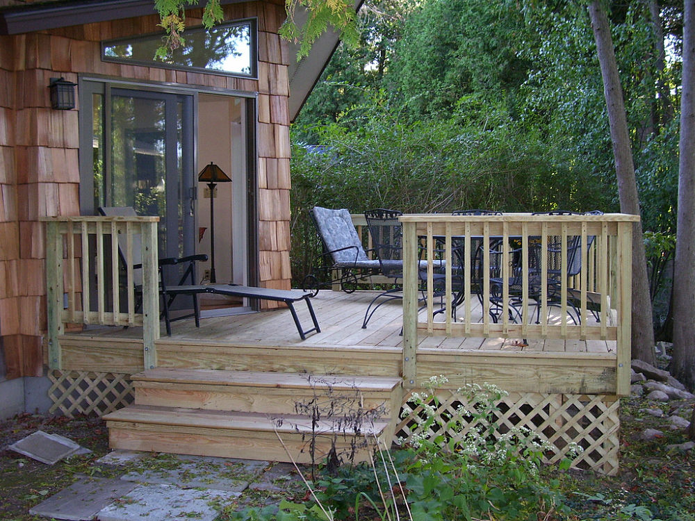 Deck And Railing Design Ideas Photos And Descriptions
