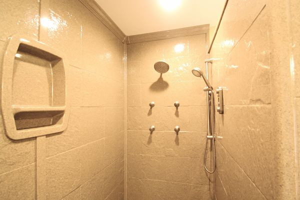Onyx Shower Walls : The exciting new look of shower wall panels